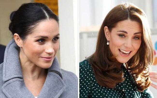 """Meghan gây sốc với phát ngôn """"động chạm"""" đến chị dâu Kate và bị các nhân viên của hoàng gia """"kì thị"""""""