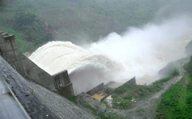 Lưu lượng nước về ít, Thủy điện A Vương báo lỗ 64 tỷ đồng trong quý 4