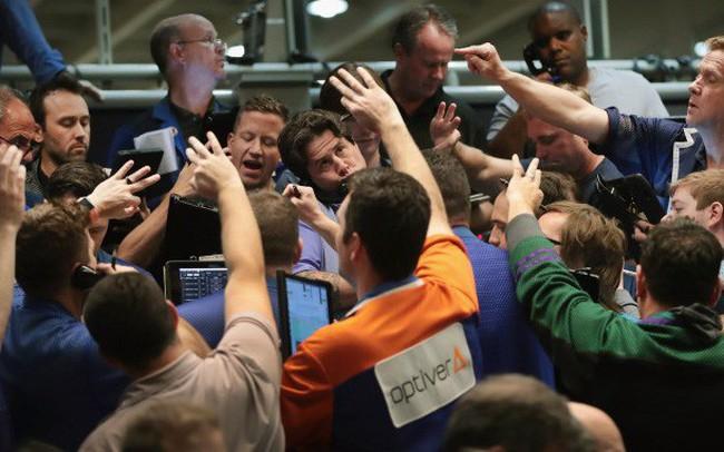 Nhà đầu tư đổ xô vào các quỹ thị trường tiền tệ, giống hệt như thời điểm trước khủng hoảng tài chính 2008? - ảnh 1