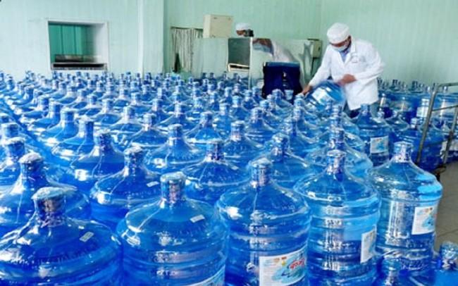 Ngăn chặn việc tăng giá bất hợp lý mặt hàng nước đóng chai, đóng bình