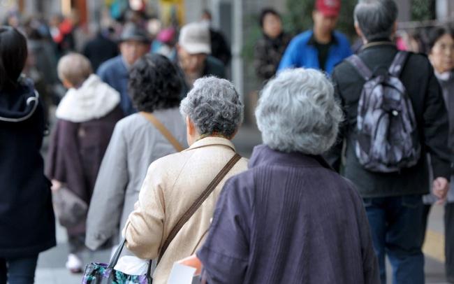 """ADB: Công nghệ có thể khiến việc già hóa trở thành """"lợi tức bạc"""" cho các nền kinh tế châu Á - Thái Bình Dương"""