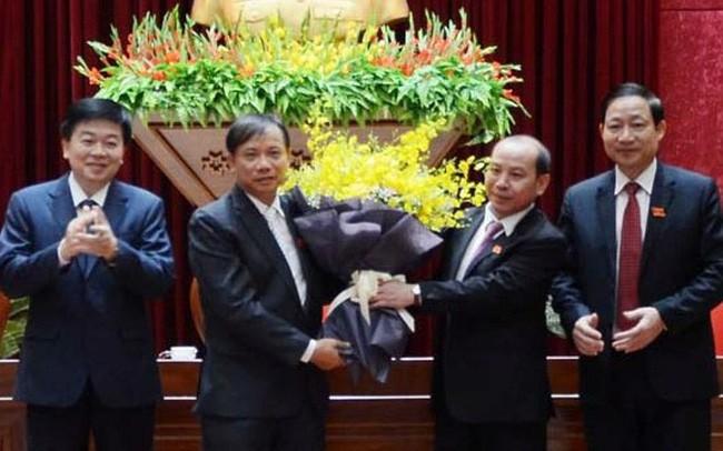 Thủ tướng phê chuẩn Phó Chủ tịch UBND tỉnh Hòa Bình - ảnh 1