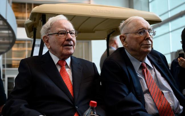 Cánh tay phải của Warren Buffett 3 bí mật thành công mà ai cũng có thể áp dụng, điều thứ nhất đã tạo nên cặp đôi hoàn hảo của giới đầu tư - ảnh 1