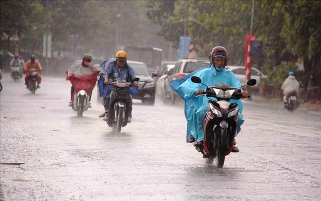 Không khí lạnh tăng cường, Bắc và Trung Trung Bộ có mưa và dông