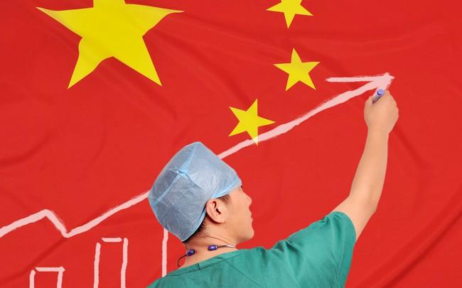 Từ một hệ thống y tế khép kín, chất lượng kém,Trung Quốc đã làm gì để cung cấp cho người dân dịch vụ chăm sóc sức khoẻ hiện đại, nhanh và giá rẻ nhất thế giới?