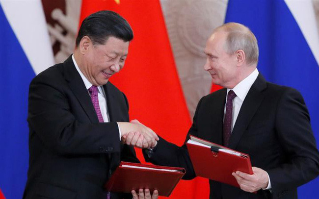 Kẻ thù của kẻ thù là bạn: Bị Washington và châu Âu liệt vào danh sách đen, Huawei làm thân với Nga nhằm hạ gục Mỹ? - ảnh 1