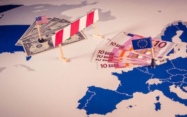 Tương lai thương chiến với Trung Quốc vẫn mịt mờ, Mỹ lại khai hỏa với EU