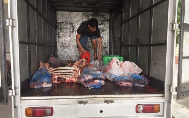 Thu giữ 2 tạ xương bò và nội tạng không đảm bảo yêu cầu về an toàn thực phẩm tại Phú Thọ