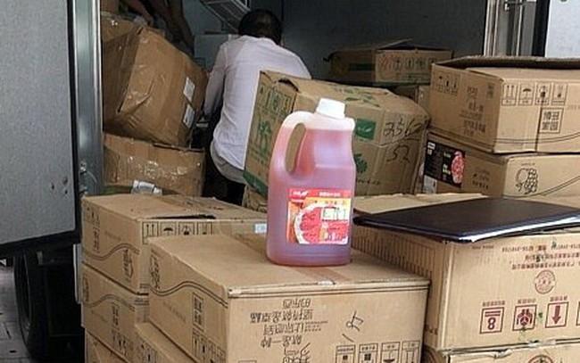Hà Nội: Tạm giữ số lượng lớn nguyên liệu pha chế trà sữa