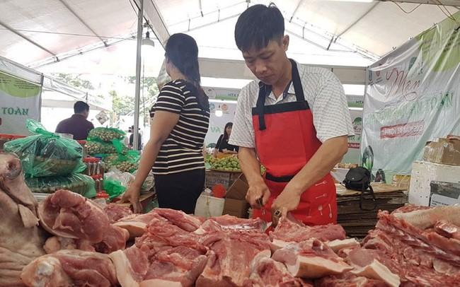 """Giá lợn hơi liên tục """"phi mã"""": 60.000 đồng/kg chưa phải là """"đỉnh"""""""