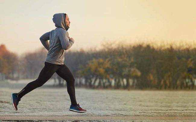 Các nghiên cứu đã chỉ ra, tập thể dục trước ăn sáng có thể đốt cháy tối đa lượng mỡ thừa vì lý do này