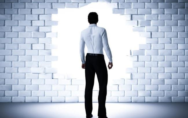 """4 sai lầm đặc trưng mà hầu hết người quản lý mới đều mắc phải: Đọc ngay để học cách thay đổi và nhanh chóng """"thu phục"""" nhân viên dưới trướng bạn"""