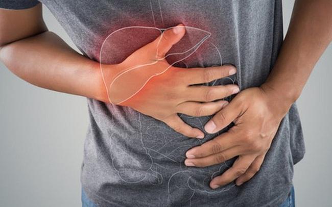 """Hãy để ý: Nếu có dấu hiệu """"3 đen 2 hôi"""" trên cơ thể thì có thể bạn đã mắc các bệnh về gan cần đi khám gấp"""