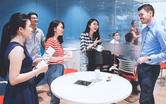 Triết lý 5 con khỉ và bài học về sự nỗ lực không ngừng chốn công sở, sếp kể xong nhân viên vỗ tay rầm rầm vì quá đúng!