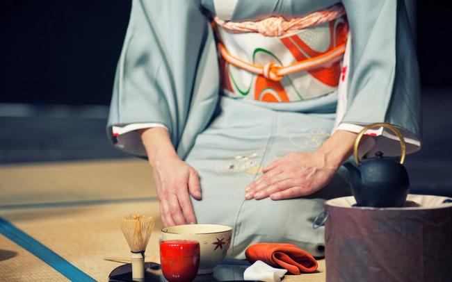 Triết lý Omotenashi của người Nhật phủ sóng thị trường Việt: Từ Pizza 4Ps, nhà hàng Morico, siêu thị AEON Mall, trạm xăng IDEMITSU… đến ngành làm đẹp