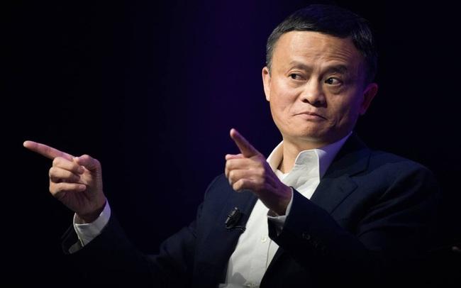"""Mơ ước """"về quê"""" của Jack Ma trở thành hiện thực, cổ phiếu Alibaba tăng vọt trong những giờ giao dịch đầu tiên tại Hồng Kông"""