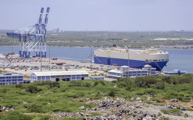 """Lo sợ sập """"bẫy nợ"""", một quốc gia khác dự định rút lại thoả thuận cho Trung Quốc thuê cảng 99 năm"""