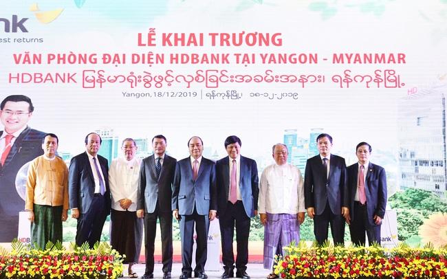 HDBank mở văn phòng giao dịch tại Myanmar, ký kết hợp tác với Viettel Global