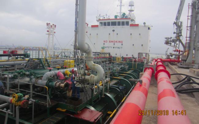 Lọc dầu Dung Quất (BSR) đạt doanh thu 92.848 tỷ sau 11 tháng, xuất bán lô dầu nhiên liệu hàng hải đầu tiên