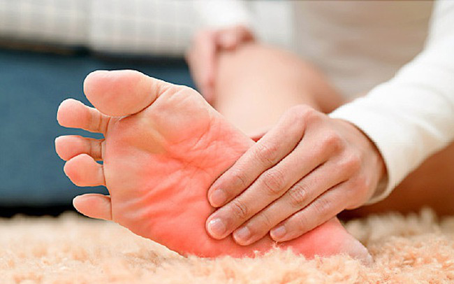 Hãy cẩn thận với 6 dấu hiệu ở bàn chân nếu không muốn nhập viện cấp cứu