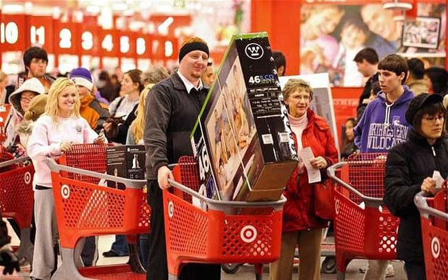 Góc kinh tế học: Tại sao tác động kích cầu không bù đắp được tổn thất của Giáng sinh?