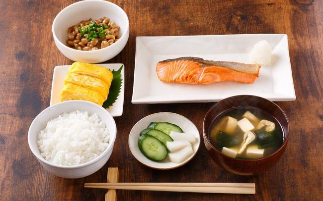 Công thức bữa ăn 1 món súp, 3 món phụ: Nghệ thuật ăn uống lành mạnh giúp người Nhật có sức khỏe dồi dào, kéo dài tuổi thọ