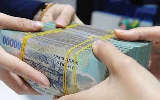 Một ngân hàng thưởng Tết Dương lịch tới 4 tháng lương