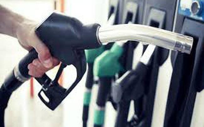 Giá xăng tăng hơn 100 đồng/lít