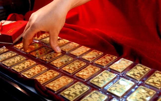 Chốt năm 2019, giá vàng tăng 6 triệu đồng/lượng