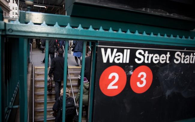 Robot có thể cướp đi cả những việc làm được trả lương cao nhất ở phố Wall