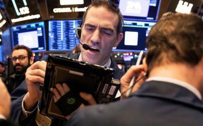 Chính phủ Mỹ thoát cơn ác mộng đóng cửa, Dow Jones tăng hơn 350 điểm