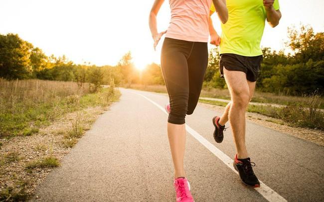 """Chạy bộ giúp cơ thể dẻo dai nhưng nếu bất ngờ gặp 9 vấn đề sau, hãy dừng ngay lập tức để tránh """"rước họa vào thân"""""""