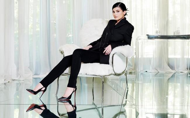 Trở thành một trong những tỷ phú tự thân giàu nhất thế giới, cô gái 21 tuổi này đã tạo nên khối tài sản gần 1 tỷ USD chỉ trong 3 năm như thế nào?