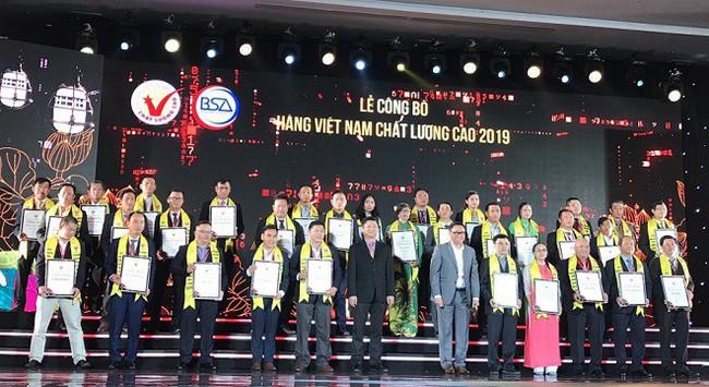 DAG đạt danh hiệu Hàng Việt Nam chất lượng cao 2019