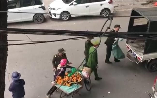 Clip người phụ nữ bị thu giữ từng quả cam: Trưởng công an phường thông tin chính thức
