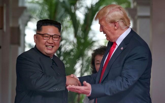 Báo Hàn: Vừa tới Hà Nội, ông Kim Jong-un nhanh chóng họp với các phụ tá về hội nghị thượng đỉnh