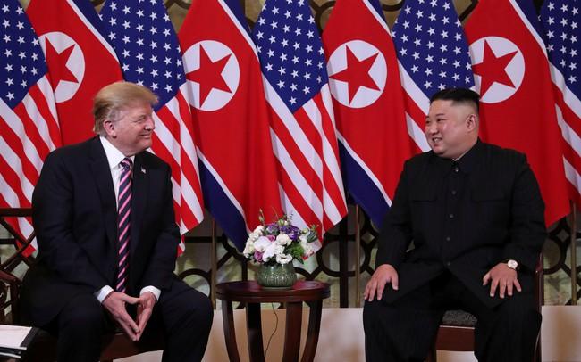 Chủ tịch Triều Tiên Kim Jong Un lần đầu tiên trả lời câu hỏi của phóng viên quốc tế