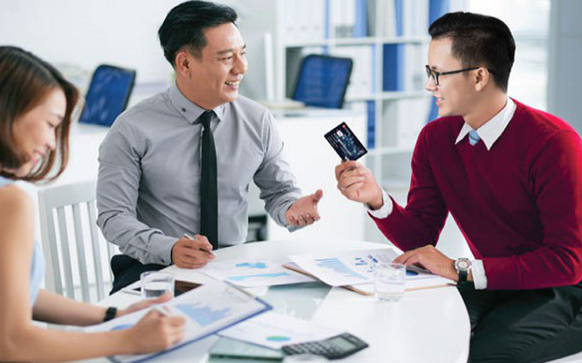 Doanh nghiệp hưởng lợi lớn khi dùng thẻ tín dụng