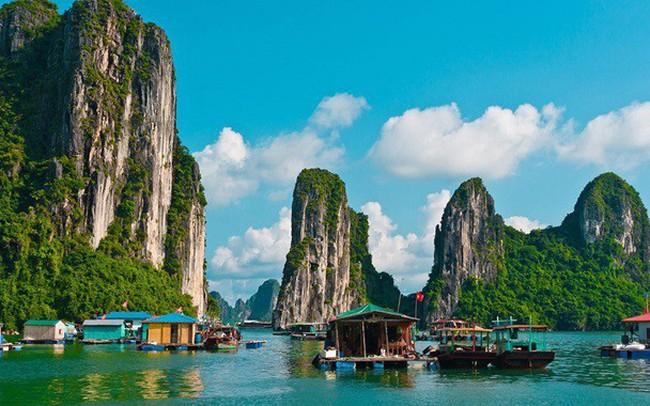 Tuần Châu Marina Hạ Long – Vẻ đẹp giữa kỳ quan Thế giới