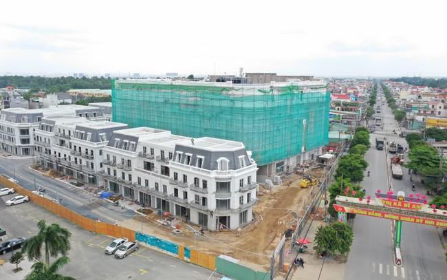 Cận cảnh tiến độ xây dựng của Vincom Plaza Dĩ An của Bình Dương
