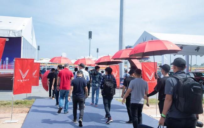 """VinFast LUX đem đến trải nghiệm """"cực đã"""" cho khách miền Nam qua 3 bài lái từ chuyên  gia quốc tế"""