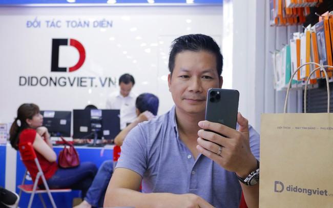 Cách Shark Hưng và sao Việt nổi tiếng chọn iPhone 11 Pro Max