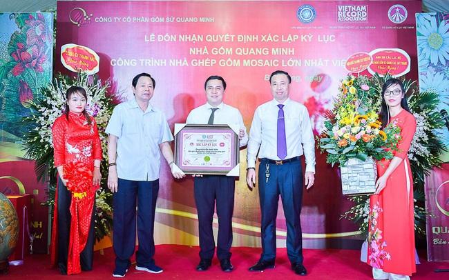 Nhà gốm Quang Minh - công trình nhà ghép gốm Mosaic đạt kỷ lục lớn nhất Việt Nam