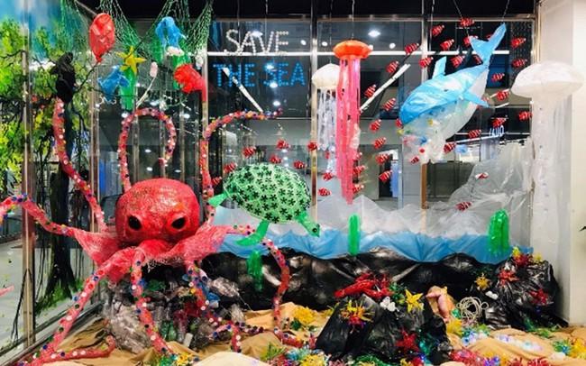 """Kiệt tác sáng tạo mang tên """"Rác thải nhựa""""!"""