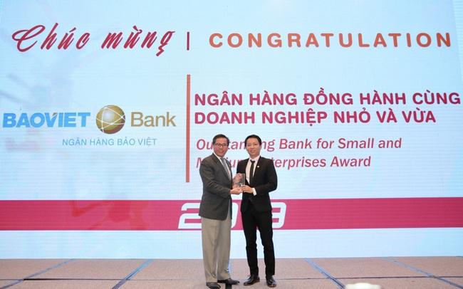 BAOVIET Bank nhận giải thưởng Ngân hàng đồng hành cùng Doanh nghiệp nhỏ và vừa năm 2019