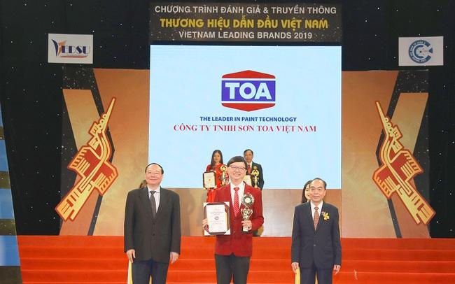 """Bộ đôi sơn nước Toa Nano Shield và Toa Nano Clean tự hào nhận danh hiệu top 10 """"thương hiệu dẫn đầu Việt Nam 2019"""""""