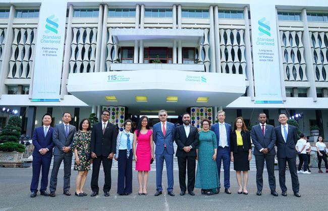 Standard Chartered kỷ niệm 115 năm thúc đẩy hoạt động thương mại, đầu tư và tạo dựng sự thịnh vượng tại Việt Nam