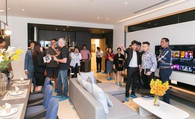 Tòa nhà dát vàng Risemount Apartment bên sông Hàn ra mắt căn hộ mẫu