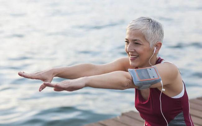 Luyện thói quen tập thể dục càng sớm thì tuổi thọ càng kéo dài: Dù thanh niên hay trung niên, không bao giờ là quá muộn để bắt đầu bảo vệ sức khỏe
