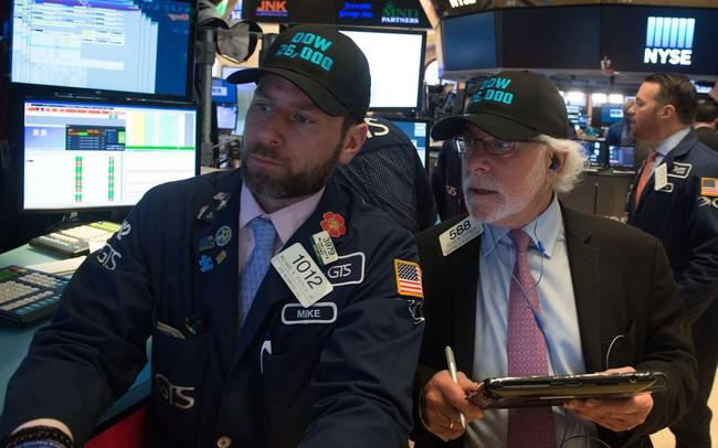 Facebook bị điều tra hình sự, S&P 500 và Nasdaq đồng loạt giảm điểm